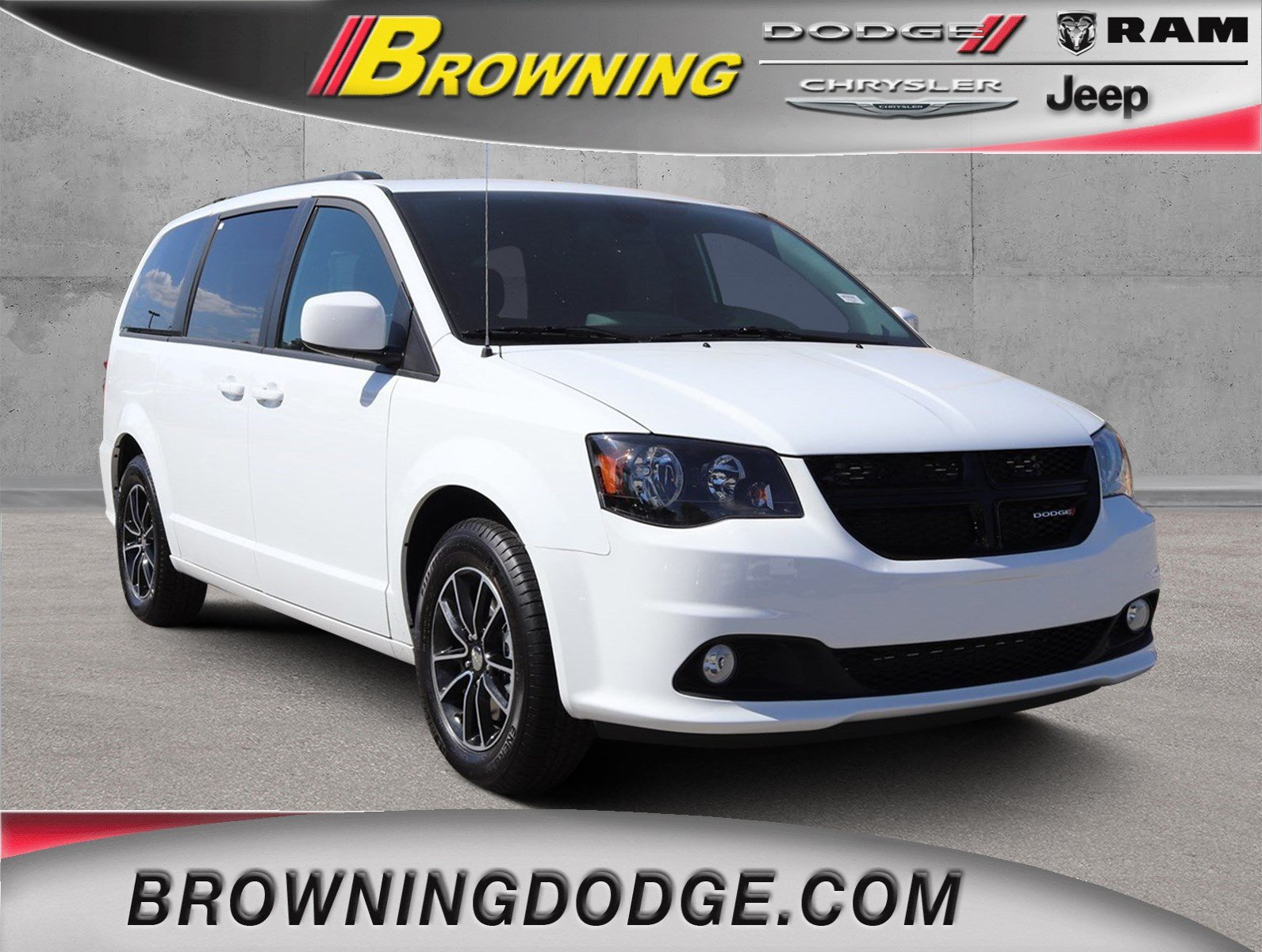 New 2019 Dodge Grand Caravan Se Plus Passenger Van In Norco 9938008