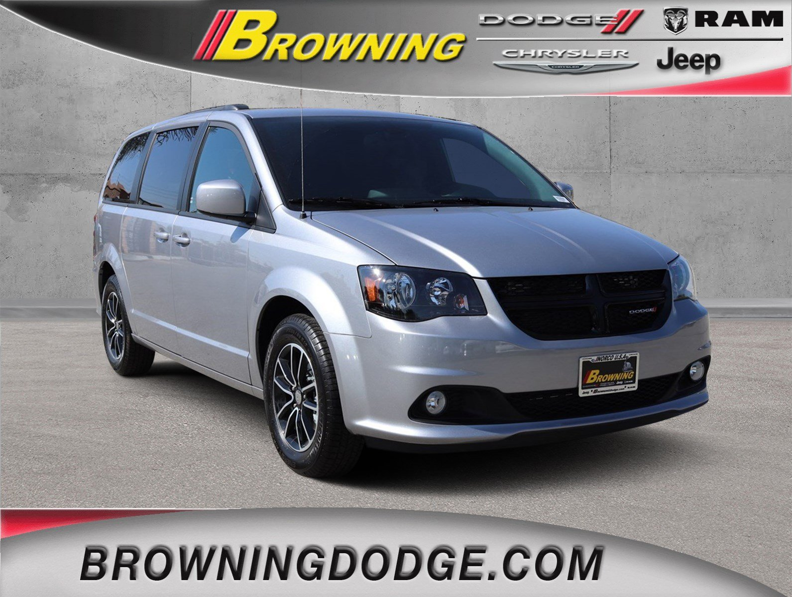 New 2019 Dodge Grand Caravan Se Plus Passenger Van In Norco 9938006